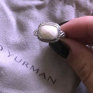 DAVID YURMAN AUTH WHITE AGATE & DIAMOND  SIZE 6